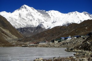 View of Cho Oyu trekking into Gokyo