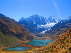 The wondering glaciated view on the Huayhuash trek