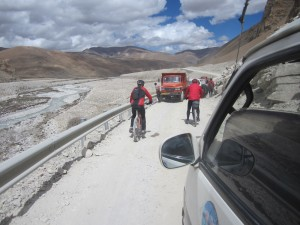 Mountain biking high on the Tibetan wonderland