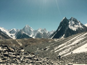 Walking through the Karakorum mountains