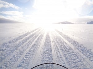 Crossing Svalbard on a snowmobile