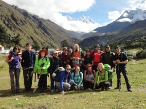 Ian Taylor trekking group in Tengbouche