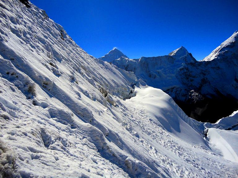 climb island peak