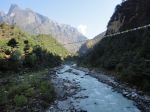 The lower khumbu and trail to Tengbouche