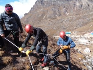 Mountaineering training in Khare