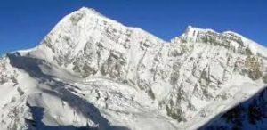 Tharpu chuli peak 5,663m