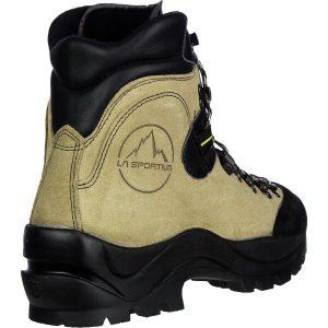 Best Trekking boots for your Annapurna Base Camp Trek